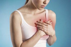 Болит левая грудь у кормящей мамы