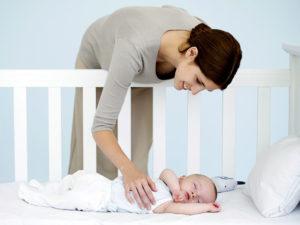 Как ребенка уложить спать без грудного кормления