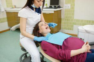 Лечение зубов при беременности в 3 триместре