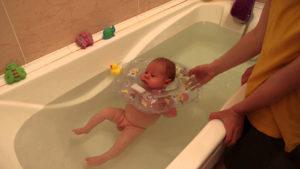 После кормления через сколько можно купать ребенка
