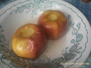 Как запечь яблоки в микроволновке для кормящей мамы