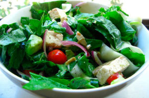 Какой можно салат кормящей маме