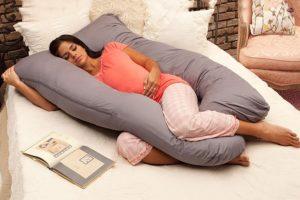 Можно ли спать на животе в первом триместре беременности